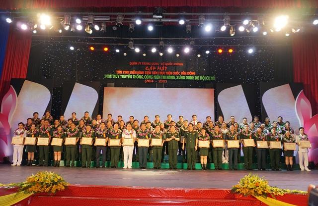 127 tấm gương tiêu biểu toàn quân được vinh danh góp phần làm hình ảnh Bộ đội Cụ Hồ ngày càng tỏa sáng trong lòng nhân dân