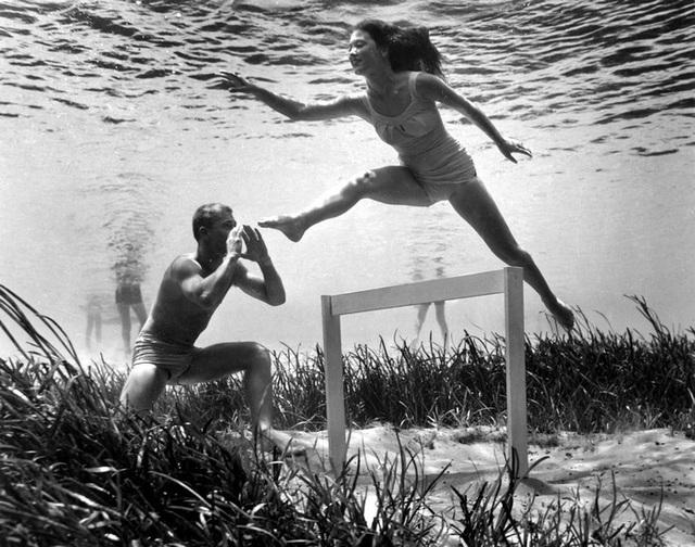 Đẹp ngỡ ngàng bức ảnh chụp dưới đáy đại dương từ 80 năm trước - 17
