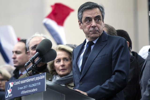 Ứng viên tổng thống Pháp Francois Fillon. (Ảnh: EPA)