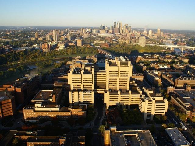 Trường Y thuộc Đại học Minnesota.
