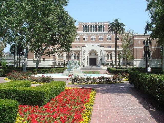 Đại học Southern California.