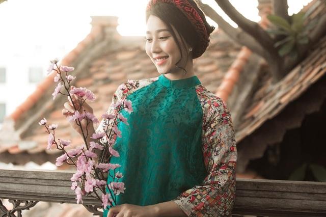 """""""Bạn gái"""" màn ảnh Sơn Tùng M-TP rưng rưng ngày Tết vắng bố - 2"""