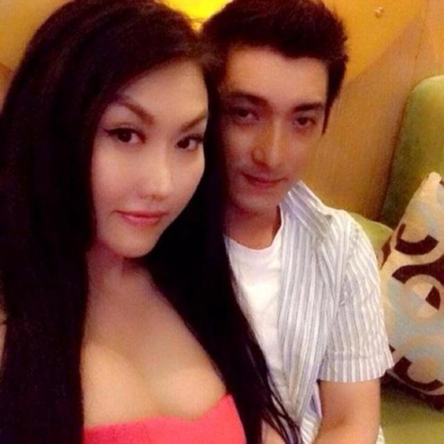 Phi Thanh Vân công khai mối quan hệ với chàng phi công trẻ.