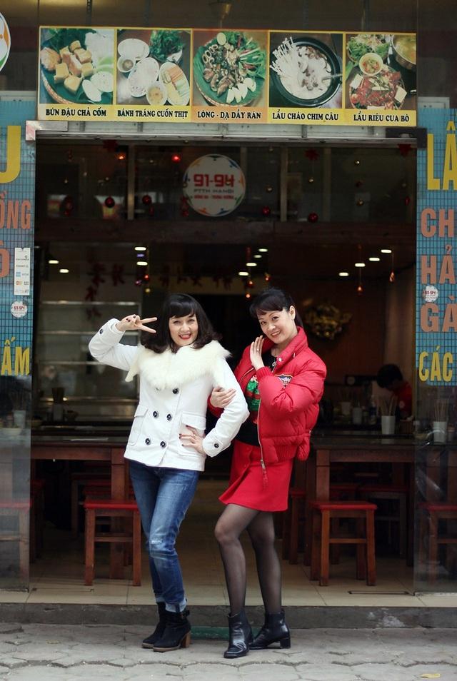 Khác với em gái theo đuổi con đường nghệ thuật và trở thành danh hài nổi tiếng, Vân Trang lại chọn đi con đường riêng, hiện cô đã trở thành bà chủ chuỗi cửa hàng bún đậu mơ và cơm gà có tiếng ở Hà Nội.