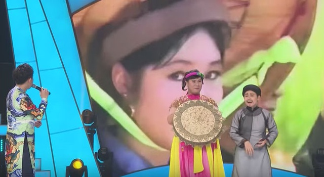 Hình ảnh thời trẻ của Hồng Vân trong clip ca nhạc Em đi chùa Hương khiến nhiều người ngưỡng mộ.