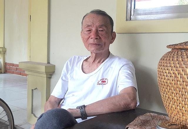 Cụ Trần Văn Tư - nghệ nhân hát phường vải có tiếng của Kim Liên (Nam Đàn).