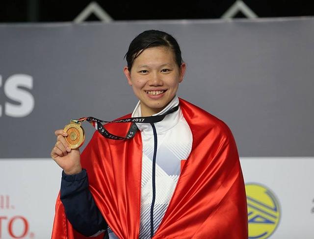 Ánh Viên khoe HCV 400m hỗn hợp nữ, đây là huy chương thứ sáu của cô tại SEA Games 29