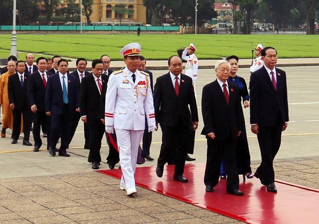 Lãnh đạo Đảng, Nhà nước vào Lăng viếng Chủ tịch Hồ Chí Minh - 3