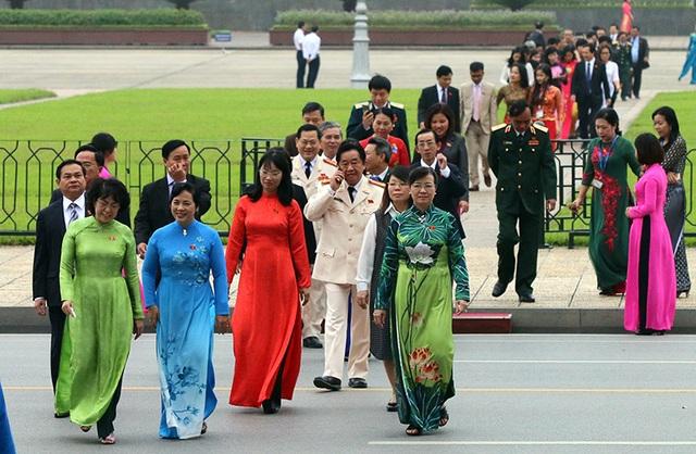 Lãnh đạo Đảng, Nhà nước vào Lăng viếng Chủ tịch Hồ Chí Minh - 8
