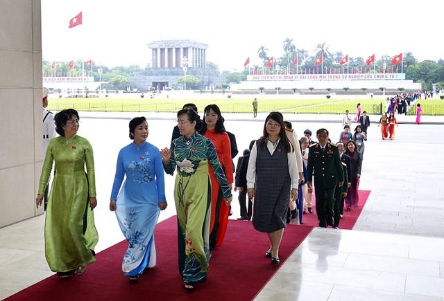 Lãnh đạo Đảng, Nhà nước vào Lăng viếng Chủ tịch Hồ Chí Minh - 9