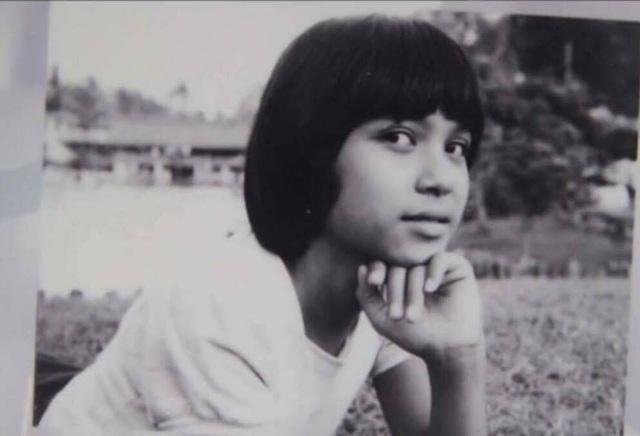 Nữ diễn viên Người đẹp Tây Đô kể rằng, lúc bé chị rất đen và có đôi mắt to. Ảnh: NVCC.