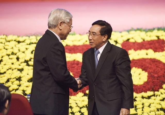 Tổng Bí thư Nguyễn Phú Trọng đón tiếp Thường trực Ban Bí thư, Phó Chủ tịch Lào Phankham Viphavanh tại buổi Lễ
