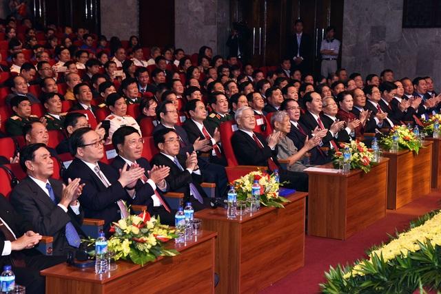 Lãnh đạo hai nước dự Lễ kỷ niệm