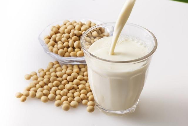 Đậu nành, nguồn chất béo lành và giàu vitamin