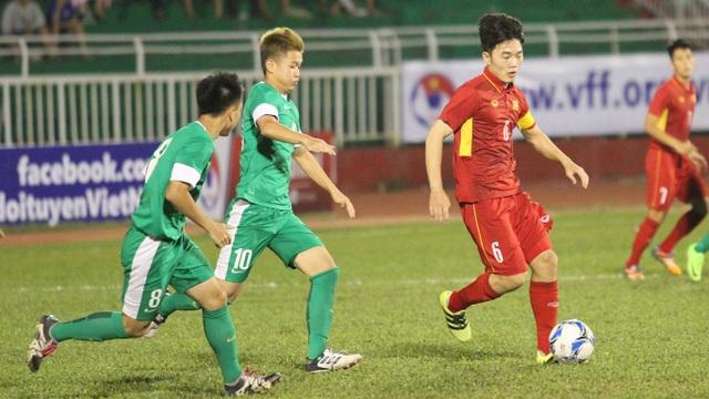 Xuân Trường sẽ kết hợp với Tuấn Anh để tổ chức lối chơi cho U22 Việt Nam (ảnh: Trọng Vũ)