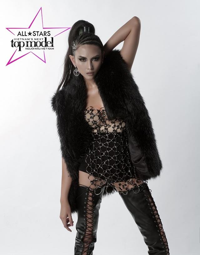 Siêu mẫu Võ Hoàng Yến trở thành giám khảo Vietnam's Next Top Model 2017 - 2
