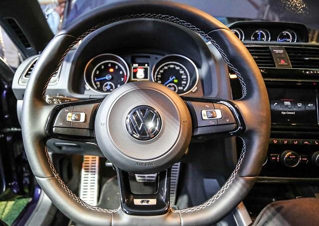 Volkswagen lại đưa mẫu Scirocco về lại Việt Nam - 2