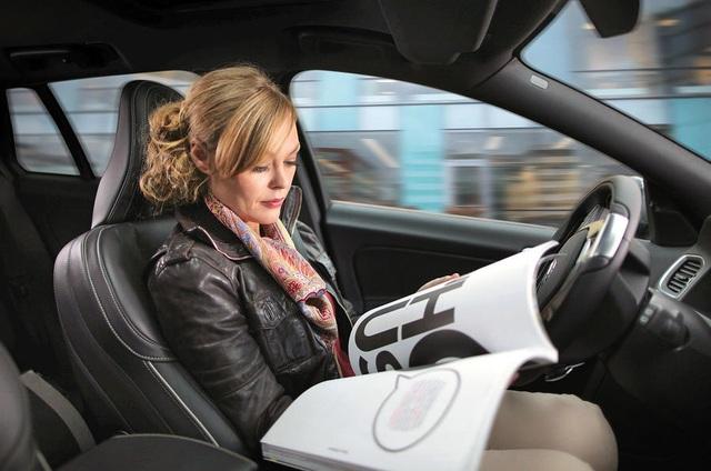 74% người Mỹ không tin xe tự lái an toàn - 1