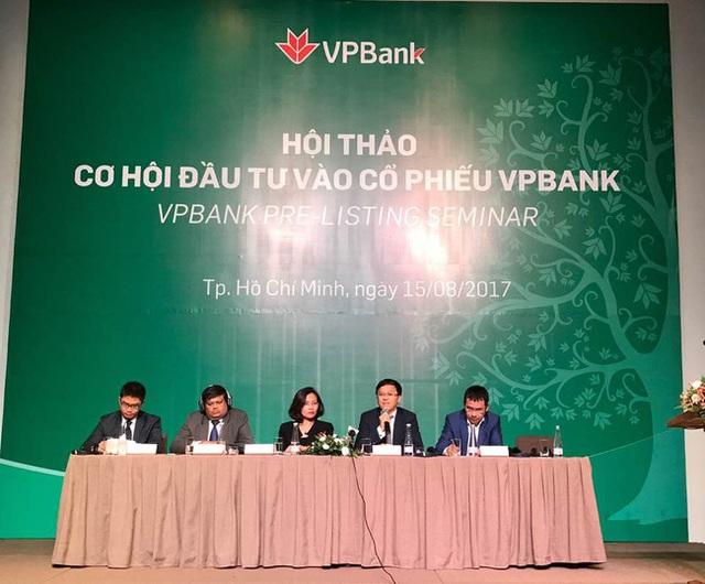Sáng nay 17/8, Ngân hàng TMCP Việt Nam Thịnh Vượng - VPBank (VPB) sẽ niêm yết hơn 1,3 tỷ cổ phiếu trên HoSE với giá khởi điểm 39.000 đồng/cổ phiếu.