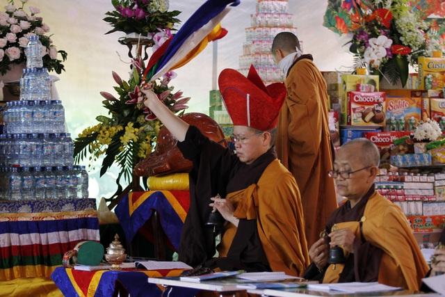 Những khoảnh khắc xúc động trong lễ Vu Lan ở Tây Thiên - 11
