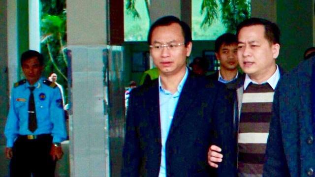 Ông Vũ nhôm (bên phải) trong một lần đi cùng ông Xuân Anh, nguyên Bí thư thành ủy Đà Nẵng. Ảnh: Pháp luật TPHCM