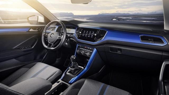 Volkswagen T-Roc - Làn gió mới cho phân khúc crossover cỡ nhỏ - 16