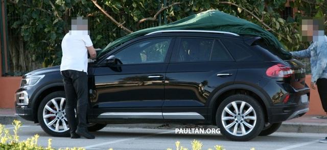 Volkswagen T-Roc chuẩn bị gia nhập phân khúc SUV cỡ nhỏ - 3