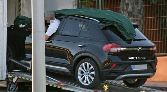 Volkswagen T-Roc chuẩn bị gia nhập phân khúc SUV cỡ nhỏ - 4