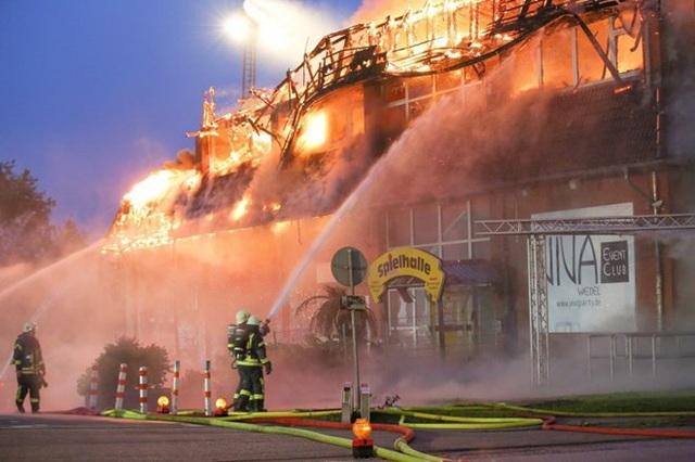 Hiện trường vụ cháy nhà hàng Shanghai Palace. (Nguồn: Hamburger Abendblatt)