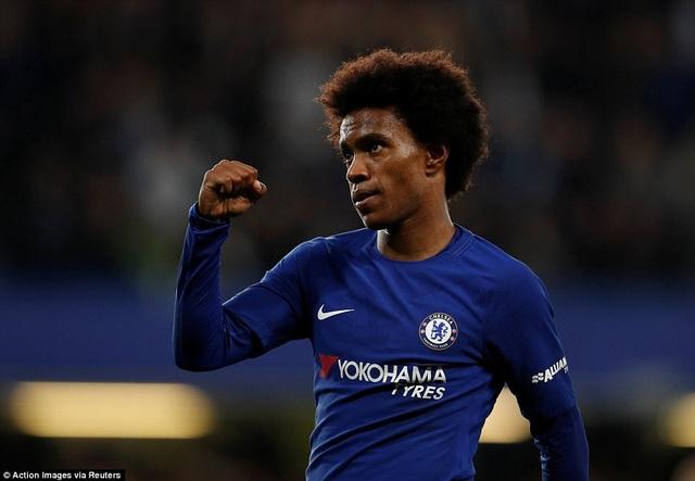 Willian ăn mừng sau khi ghi bàn cho Chelsea