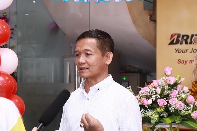 Ông Bạch Vi Chủ - giám đốc B-select Dân Chủ khẳng định đây sẽ luôn là điểm đến tin cậy và thoải mái cho các chủ xe tại Hà Nội