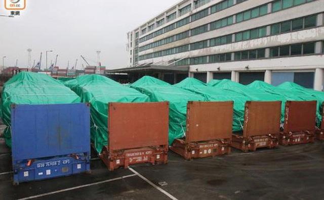 Hong Kong thu giữ các xe bọc thép của Singapore từ cuối tháng 11, đầu tháng 12/2016. (Ảnh: Reuters)