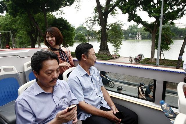Xe bus hai tầng tại Hà Nội được sản xuất ở đâu? - 18