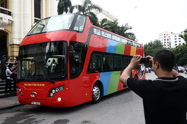 Xe bus hai tầng tại Hà Nội được sản xuất ở đâu? - 1