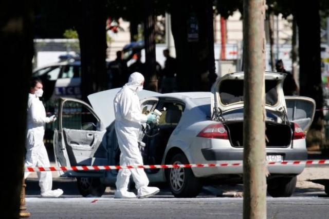 Giới chức Pháp đang điều tra liệu đây có phải một vụ tấn công khủng bố. (Ảnh: Reuters)