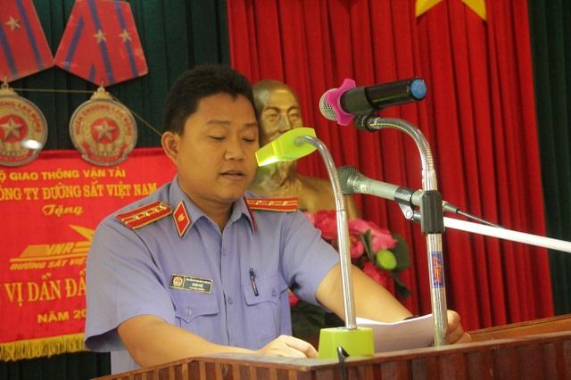 Ông Danh Huệ, Phó Viện trưởng Viện KSND TP Biên Hoà trực tiếp đứng ra xin lỗi ông Tuý.