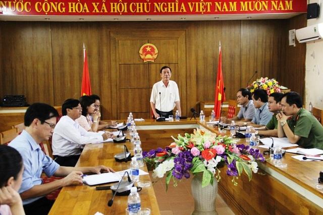 Ông Mai Thức, Phó Chủ tịch thường trực UBND tỉnh Quảng Trị nhấn mạnh vấn đề giáo dục đạo đức cho học sinh