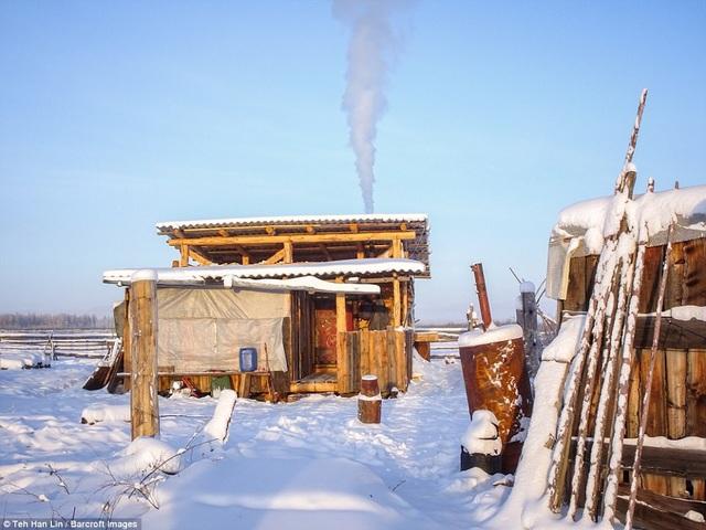 Những ngôi nhà gỗ 1 tầng của người Yakut