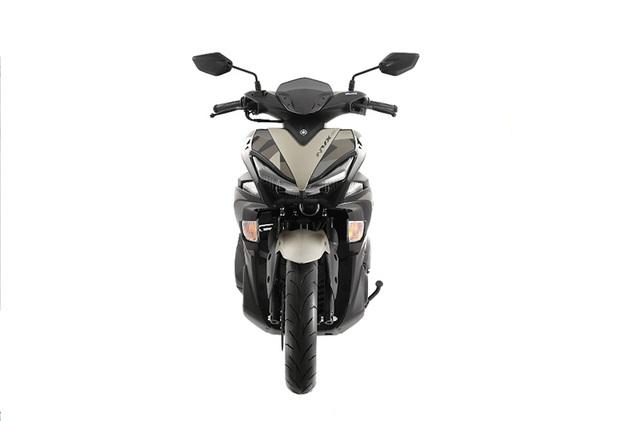 Yamaha ra mắt NVX 155 Camo có giá 52,69 triệu đồng - 2
