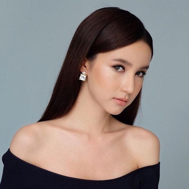 """Ngẩn ngơ ngắm gương mặt """"không góc chết"""" của tân hoa hậu chuyển giới Thái Lan - 10"""
