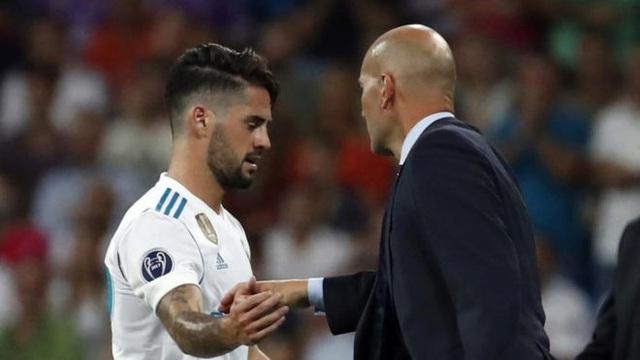 HLV Zidane tích cực xoay vòng đội hình ở Real Madrid