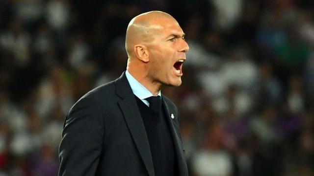 Zidane vẫn đang tin tưởng vào đội hình hiện tại của Real Madrid