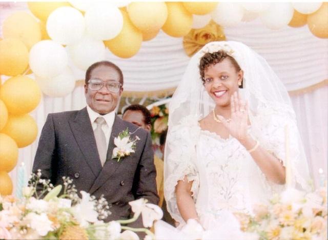 Đám cưới của Tổng thống Mugabe và bà Grace từng gây chú ý vì sự xa xỉ (Ảnh: Dailymail)