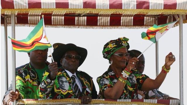 Lối sống xa xỉ của nhà Mugabe ngày càng bộc lộ rõ bất chấp kinh tế đất nước đi xuống. (Ảnh: Reuters)