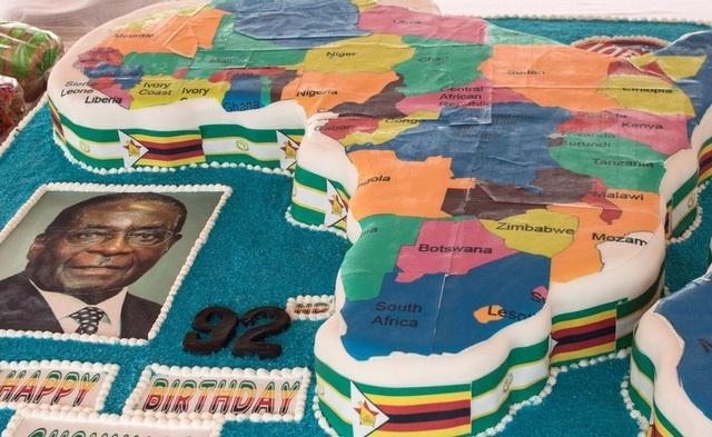 Những sự kiện này nhằm tôn vinh ông Mugabe như một vị anh hùng dân tộc. (Ảnh: AFP)