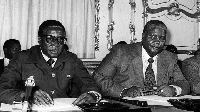 Ông bị bắt giam và được thả vào năm 1974 và được coi là anh hùng đấu tranh cho độc lập cũng như là một lãnh đạo có học vấn cao. (Ảnh: Getty)