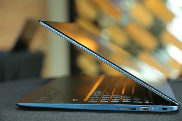 Cận cảnh laptop Acer chạy vi xử lý Core I thế hệ 8 đầu tiên tại VN - 4