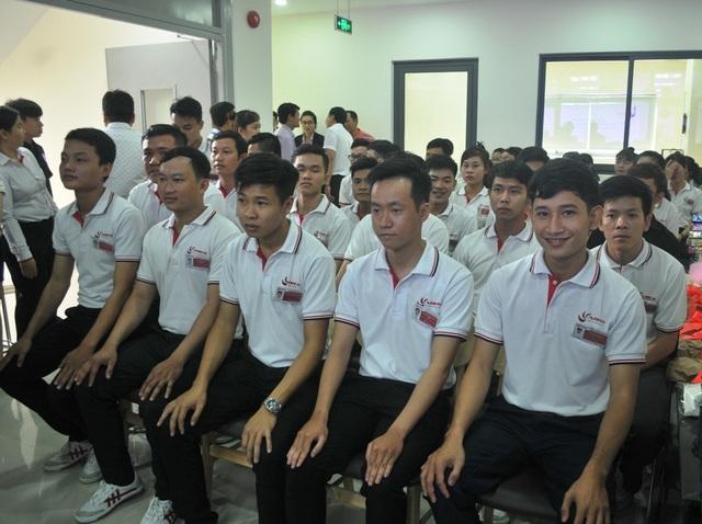 40 bạn trẻ Đồng Tháp đã qua thi tuyển của công ty Nhật Duy Khang và đơn vị sử dụng lao động ở Nhật. Các bạn trẻ chuẩn bị chờ ngày sang Nhật lao động