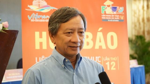 Ông Chiêm Thành Long, PGĐ TT Nghiên cứu, Bảo tồn và Phát triển ầm thực Việt Nam cho biết khu ẩm thực Việt có giá thấp nhất là 10.000 đồng và cao nhất là 30.000 đồng/phần