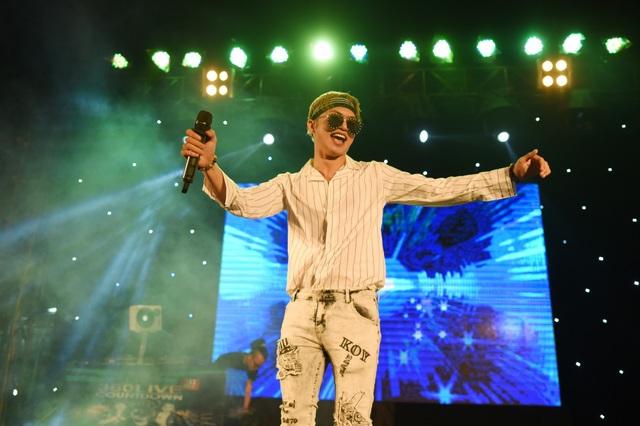 Ca sĩ Bảo Kun giao lưu cùng khán giả